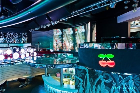 This club is seen as playing a key role in the continued success of electronic music and it is easy to understand why